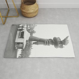 Statue Of Liberty, 1876, right arm with torch on display Liberty Island black and white photograph Rug