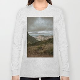 Big Bend Cloudy Mountaintop View - Lost Mine Trail - Landscape Photography Long Sleeve T-shirt