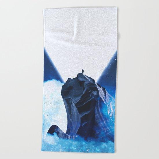 Licht Beach Towel