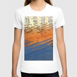 water glass abstract art colors T-shirt