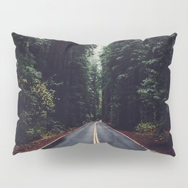 The woods have eyes Pillow Sham