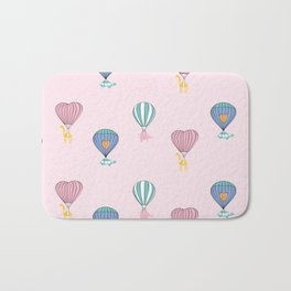 Sweet balloon dreams - pink Bath Mat