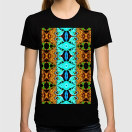 Gold, green and neon blue Snake Skin psychedelic fractal. T-shirt