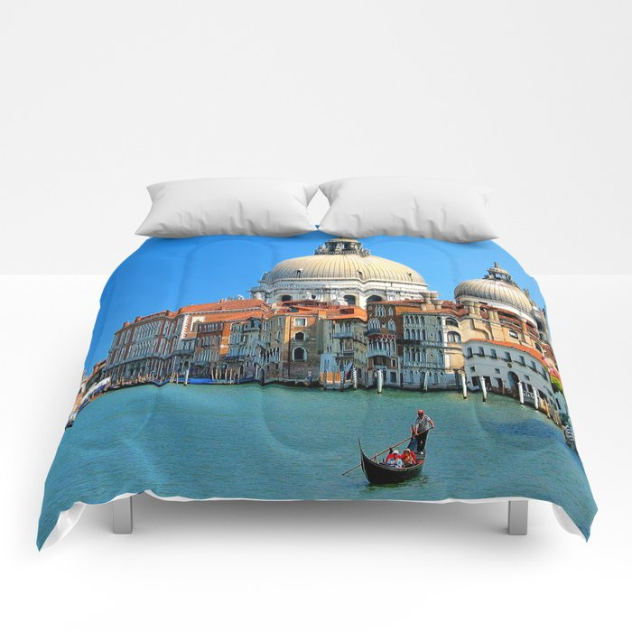 One day in Venice Comforters