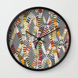 knot drop Wall Clock
