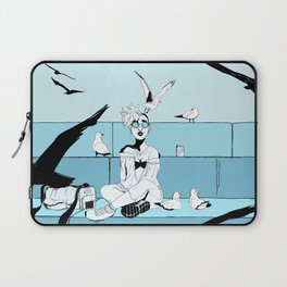 Seagulls on LakeShore Drive Laptop Sleeve