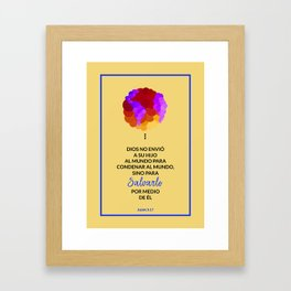 Dios salva el mundo Framed Art Print