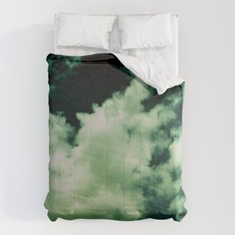 NEPHELAI SERIES Puffy clouds on teal  Comforters