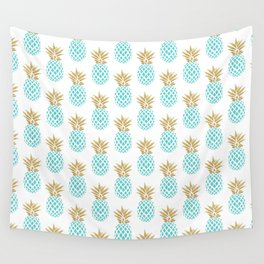 Elegant faux gold pineapple pattern Wall Tapestry