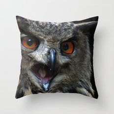 The call of the eagle owl Throw Pillow