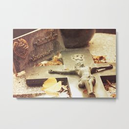 Love things from Pere Lachaise Metal Print