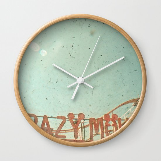 Crazy Mouse Wall Clock