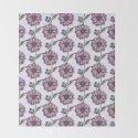 Graphic purple daisy flower pattern by palettepursuit
