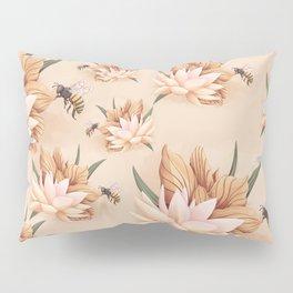 Full bloom | Busy bee Pillow Sham