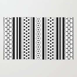 Black & White Shapes & Lines Patterned Design Rug