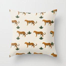 Big Cat Pattern Throw Pillow