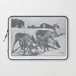 Terrified reindeer Laptop Sleeve