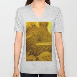 """Leucanthemum, """"Shasta Daisy"""" Unisex V-Neck"""