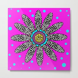 daisy dot with blue spot Metal Print