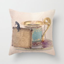 The biscuit sculptor Throw Pillow