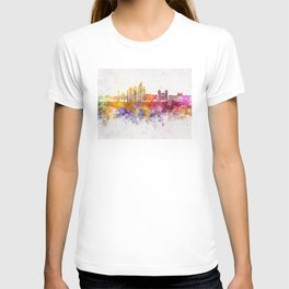 Montevideo skyline in watercolor background T-shirt