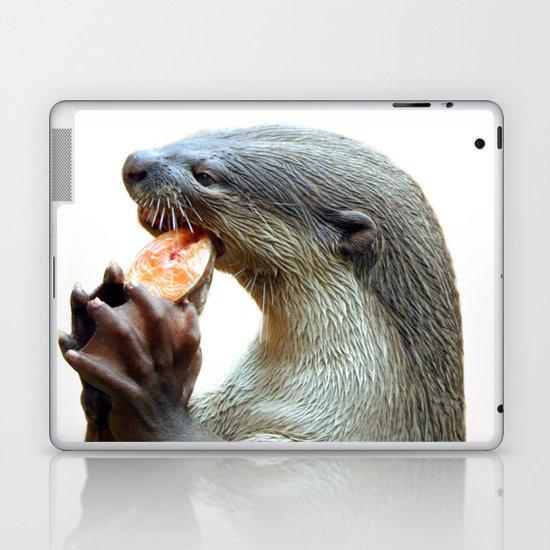 Smooth Coated Otter Eating Fish Laptop & iPad Skin