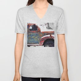 Vintage Field Truck 1 Unisex V-Neck