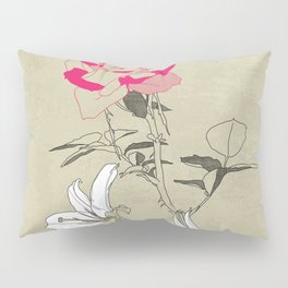 The rose and the lily Pillow Sham