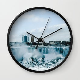 looking towards Buffalo Wall Clock