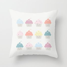 Cupcakes pattern Throw Pillow