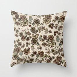Silvestre pattern Throw Pillow