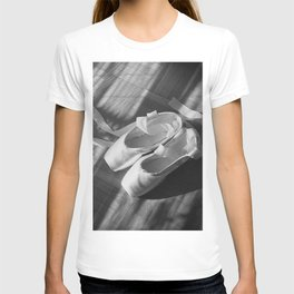 Ballet dance shoes. Black and White version. T-shirt