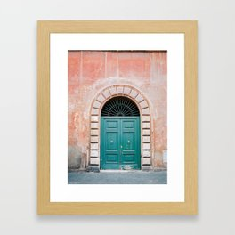 Turquoise Green door in Trastevere, Rome. Travel print Italy - film photography wall art colourful. Gerahmter Kunstdruck