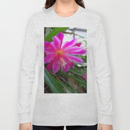 "BLOOMING FUCHSIA PINK "" ORCHID CACTUS"" FLOWER Long Sleeve T-shirt"