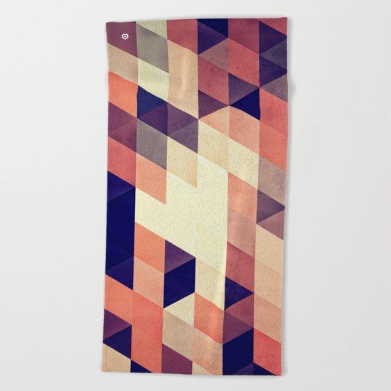 TRYYNGL MYX Beach Towel