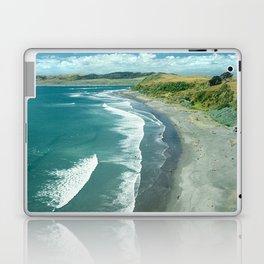 Raglan beach, New Zealand Laptop & iPad Skin