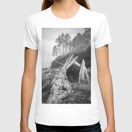 Driftwood Fort Misty Forest Beach Coast Coastal  Northwest Pacific Ocean Washington Rocky Waves Tree T-shirt