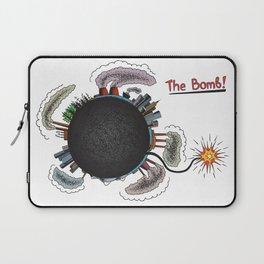 Earth is in danger! Laptop Sleeve