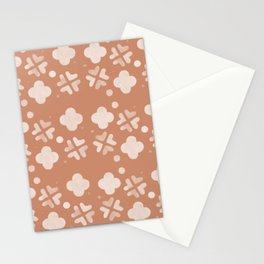 Hugs And Kisses Peach Stationery Cards