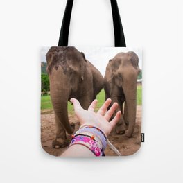 JUNGLE QUEENS Tote Bag