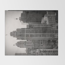 Chicago Tribune Tower Building Black and White Photo Throw Blanket