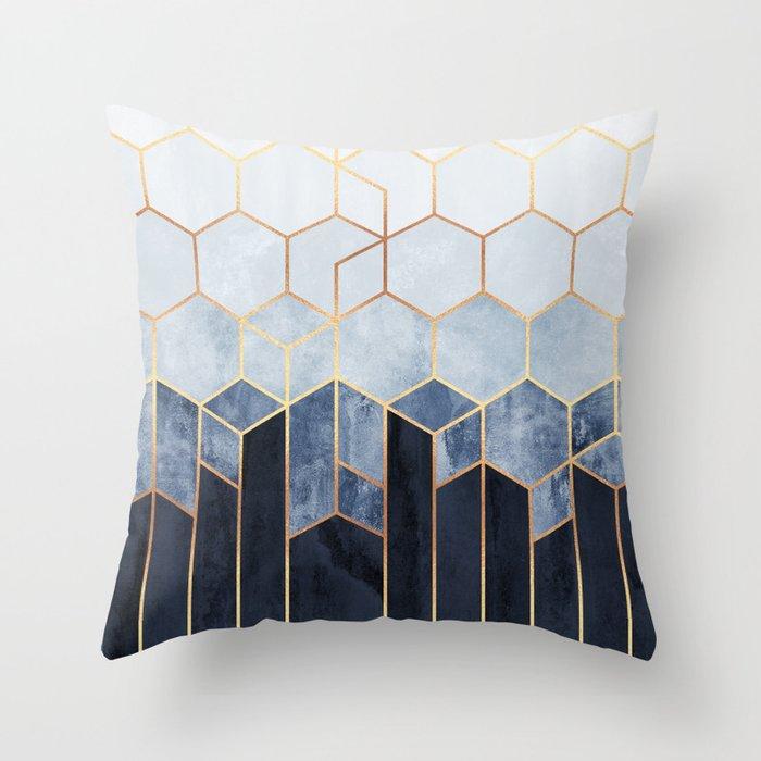 Soft Blue Hexagons Deko-Kissen