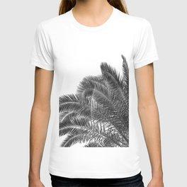 Summer Palm Leaf Print {3 of 3} | B&W Black and White Sun Sky Beach Vibes Tropical Plant Nature Art T-shirt