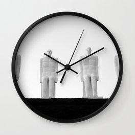 MEN AT SEA (Mennesket ved Havet) Wall Clock