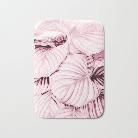Long embrace - pink Bath Mat