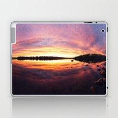 Arcing to the Island Laptop & iPad Skin