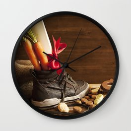 Shoe with carrots, for traditional Dutch holiday 'Sinterklaas' Wall Clock