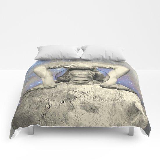 COSMIC CONTORTIONIST Comforters