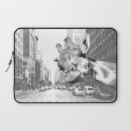 Black and White Selfie Giraffe in NYC Laptop Sleeve