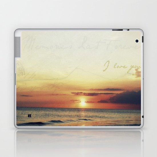 Lovers Sunset Laptop & iPad Skin